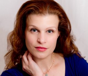 Mary Lutz-Govertsen, Soprano